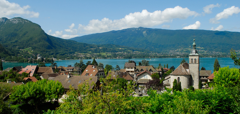 Talloires, Lake Annecy, France.jpg